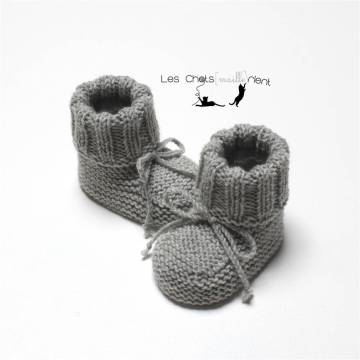 Chaussons intemporels gris 1