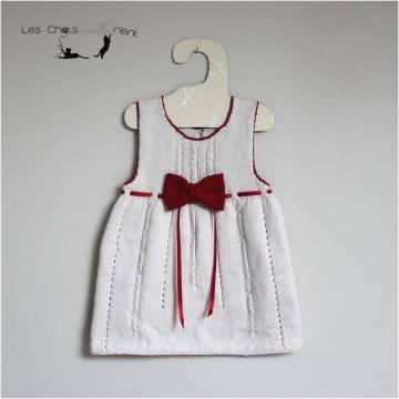 robe-ivoire-noeud-et-ruban-rouge-1