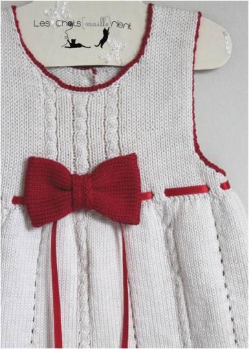 robe-ivoire-noeud-et-ruban-rouge-2