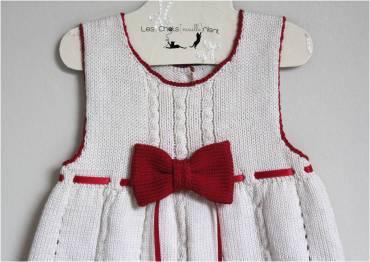 robe-ivoire-noeud-et-ruban-rouge-3